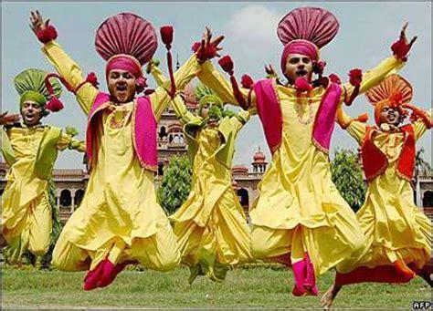 Download punjabi giddha boliyaan punjabi mp3 songs by